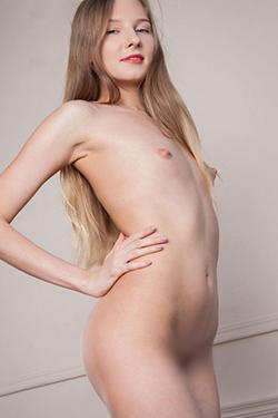 Jessica escort beginner offers sex date offers sex contacts Berlin with bi service couples through sex ads