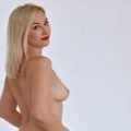 Divina Flirt Escort Model verwöhnt Sex Begleitservice angebote Sexkontakte Frankfurt mit Gesichtsbesamung bei Escortagentur