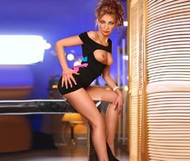 Nikita – Naturgeile Hobbynutten über Modelagentur buchen