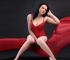 Nina – Erotische Teenhuren mit sexy outfit zum Sex einladen