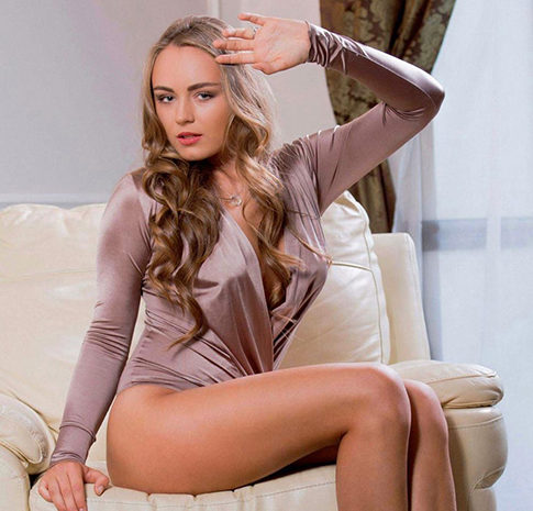 Sabiene - Private Models Berlin 23 Years Cheap Sex Date Body Insemination