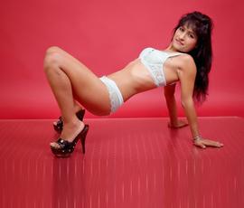 Valerie – Callgirl bietet Freizeitkontakte für Sex & Anal